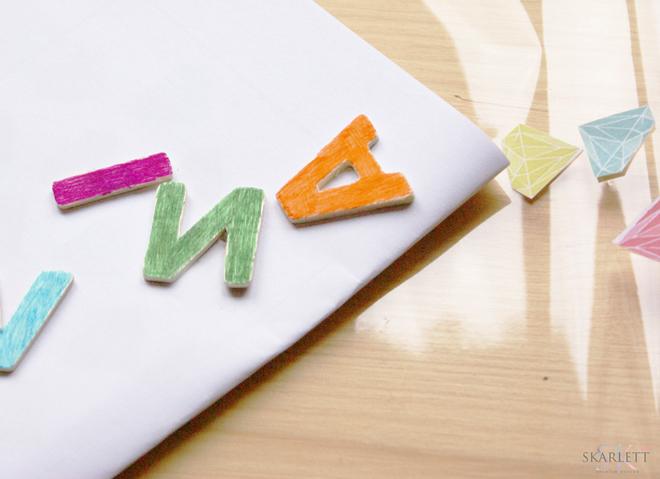 diy-envolver-regalo-letras-1