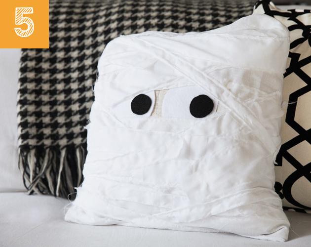 diy-cojin-momia-halloween-5