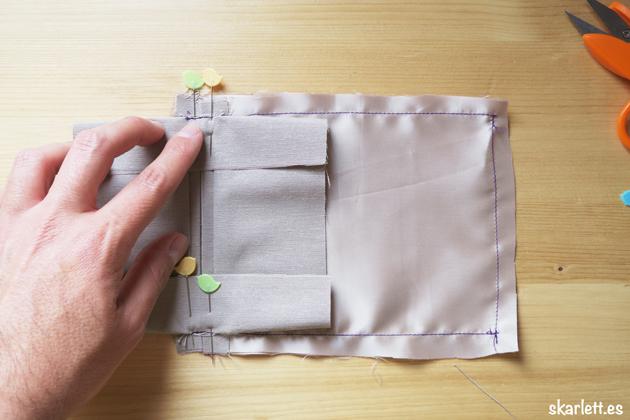 detalle de forro de bolsillo ribeteado cosido